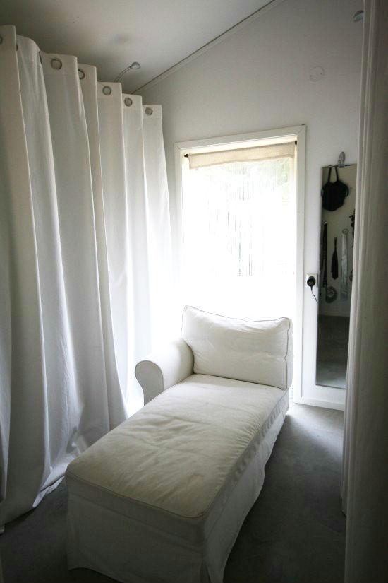 dressingroom_kladkammare_soft_med soffa_maliin_stoor