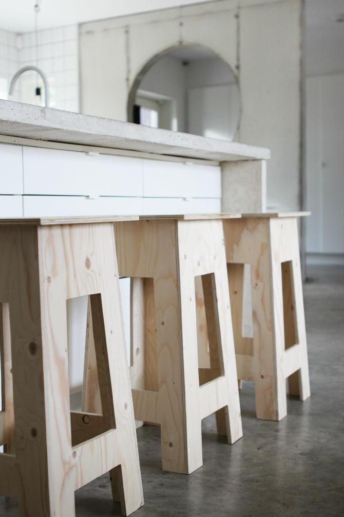 maliins_stoore_pall_barpall_plywood